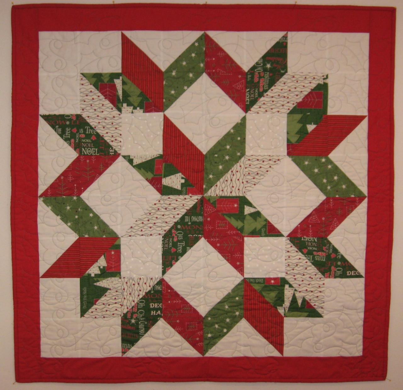 Quilting Patterns For Christmas : Custom Memory Quilts - Holiday Items